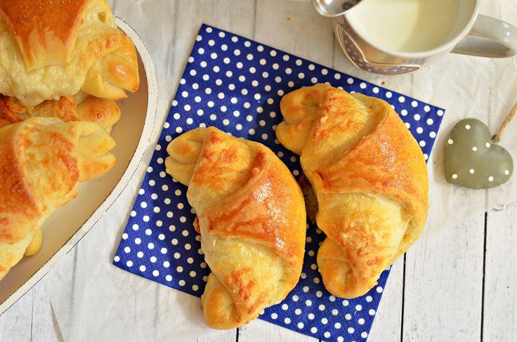 Bögrés sajtos-sós kiflik, puha, joghurtos tésztával | Rupáner-konyha