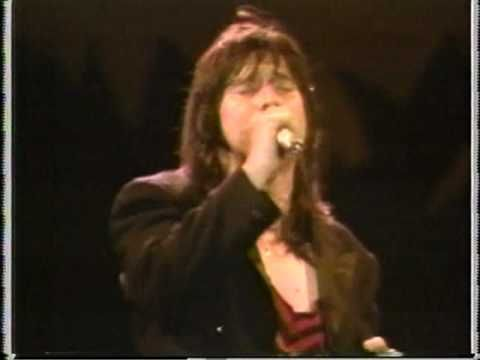 Journey - Open Arms (alternate Live Video) Steve Perry.. ok,  ALL TIME FAVORITE SONE EVER!!!!!!!!!! ask anybody, midnight every new years day.. gotta be listening.  First dance at our wedding :)  i've played the 45 so many times, you can see thru it ;)
