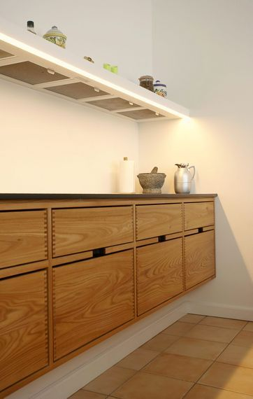 Die besten 25+ Minimalistisk stil moderne køkkener Ideen auf Pinterest