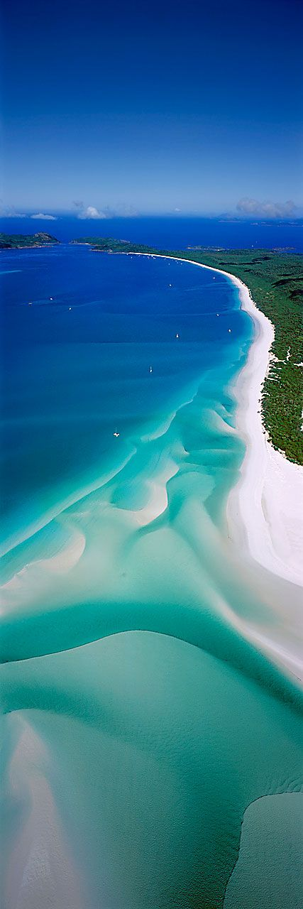 Whitehaven Beach, Whitsunday Islands, Queensland, Australia// a voz de Deus deve ser maior e superior e acima de todas. Power of God. Sou dependente de Ti.