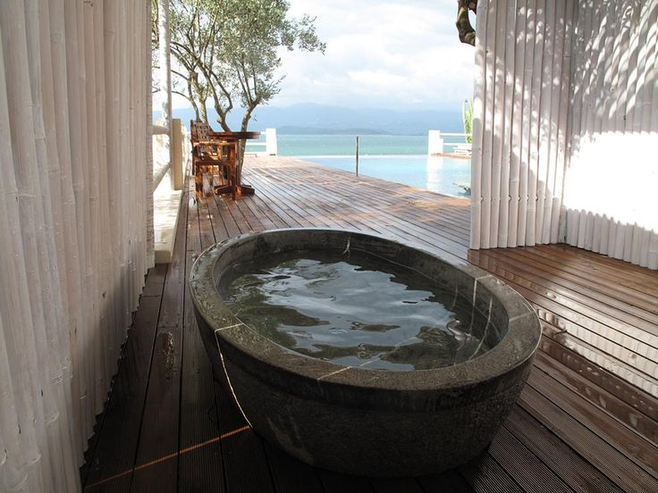 Mini-spa with oval stone tub
