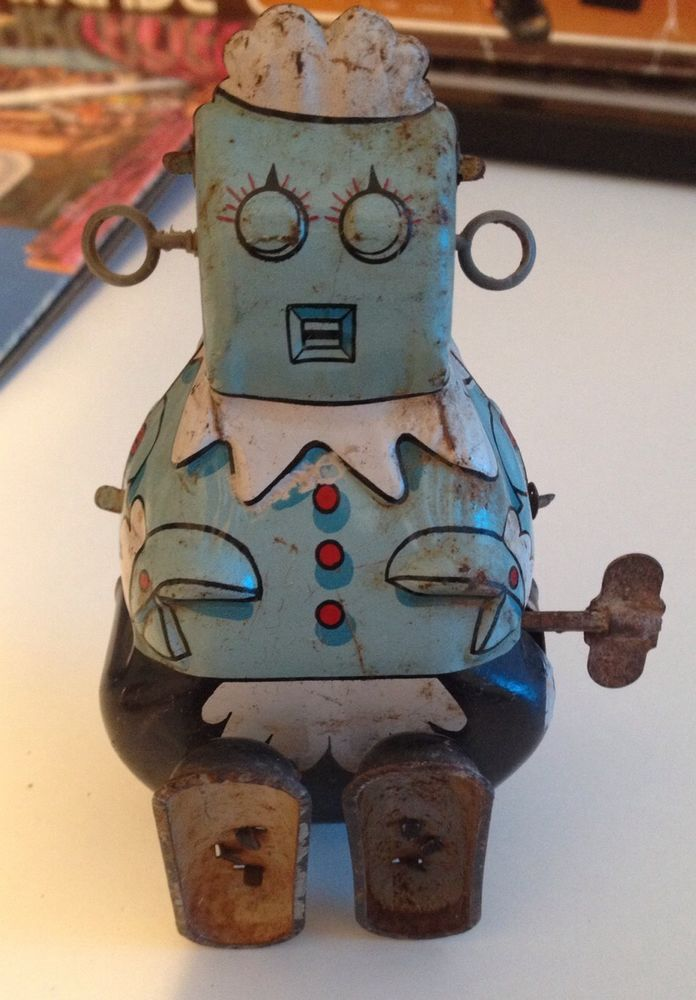 Vintage Jetsons Tin Rosie Wind Up Toy.  I WISH I had had this, the Jestsons was my favorite cartoon!