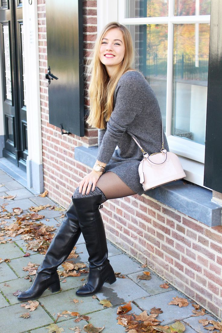 1033 best Ladies wearing Boots images on Pinterest