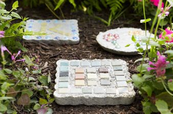 Create your own concrete stepping stones this weekend, with easy instructions from Home Made Simple.
