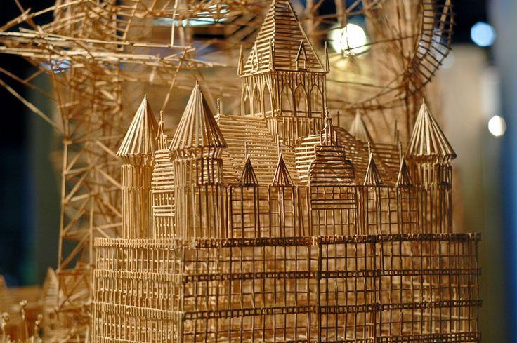 Escultura Realizada con 100.000 Palillos - Cultura Inquieta