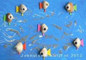 Visjes van schelpjes knutselen. Dus begin maar met schelpjes sparen.