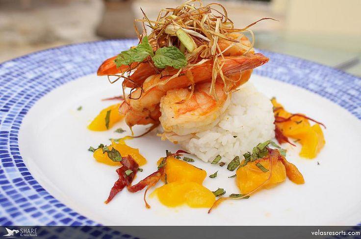 Наслаждайтесь невероятным ужином там, где захотите: у себя в номере, в ресторане, в саду или на пляже!