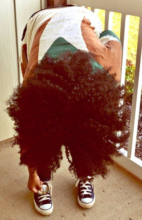 Natural Hair: beautiful curly Afro. So Cool!