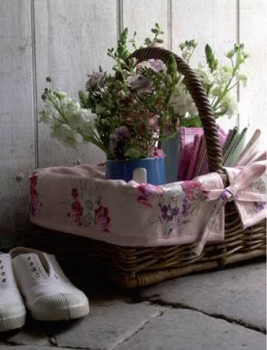 love ina basketBaskets Ii, Baskets Baskets, Beautiful Baskets, Flower Baskets, Baskets Container, Baskets Inspiration, Baskets Cases, Baskets Collection, Baskets Weaver