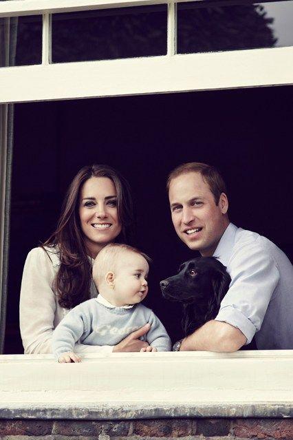 Blah blah blah royals whatever, look at the baby and his puppy!!