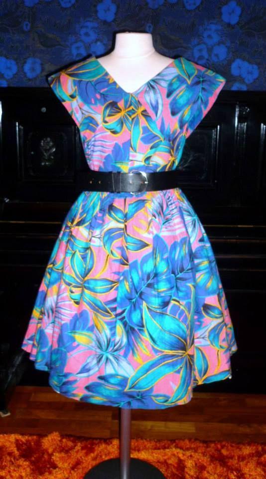 Vintage 80s Hawaiian full dress, cotton