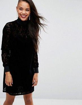 Vestito nero e stivali