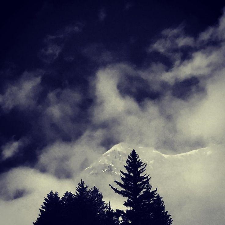 загадочного настроения, друзья @wabranowicz #mttimpanogos #utah #galleria_arben #горы #природа #облака #выходные