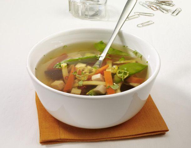 Unser beliebtes Rezept für Asia-Suppe und mehr als 55.000 weitere kostenlose Rezepte auf LECKER.de.
