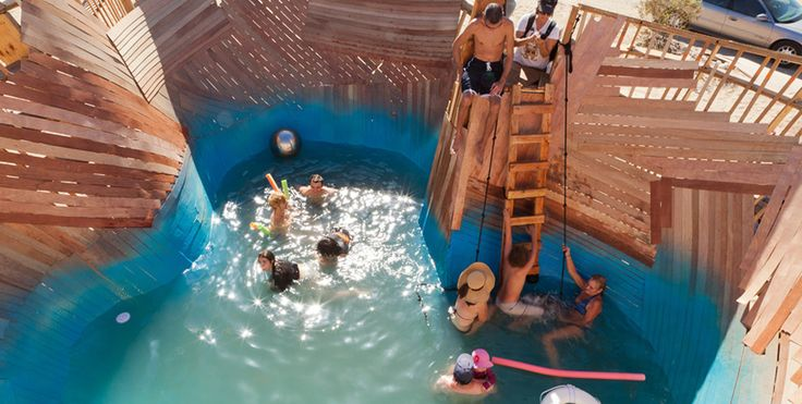 A swimming pool in the middle of the desert? Not a mirage - Lost At E Minor: For creative people
