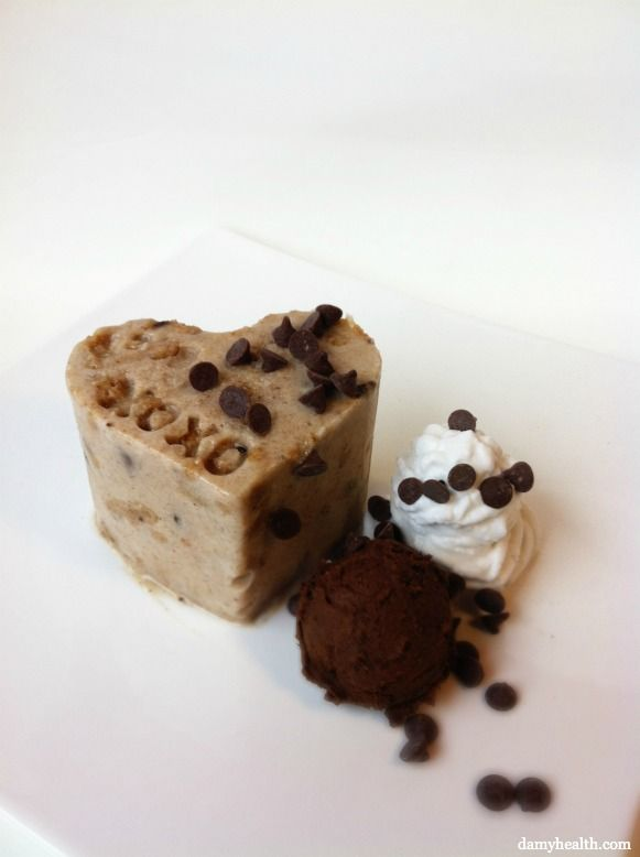 The Best Vegan Cookie Dough Blizzard Dessert on earth!!!!! (and Vegan Cookie Dough Blizzard Cake ) *This recipe is gluten free, vegan, dairy free, grain free, high fiber, all natural, easy and the perfect dupe for a regular Chocolate Chip Cookie Dough Blizzard. http://www.damyhealth.com/2012/06/the-best-vegan-cookie-dough-blizzard-and-cake/