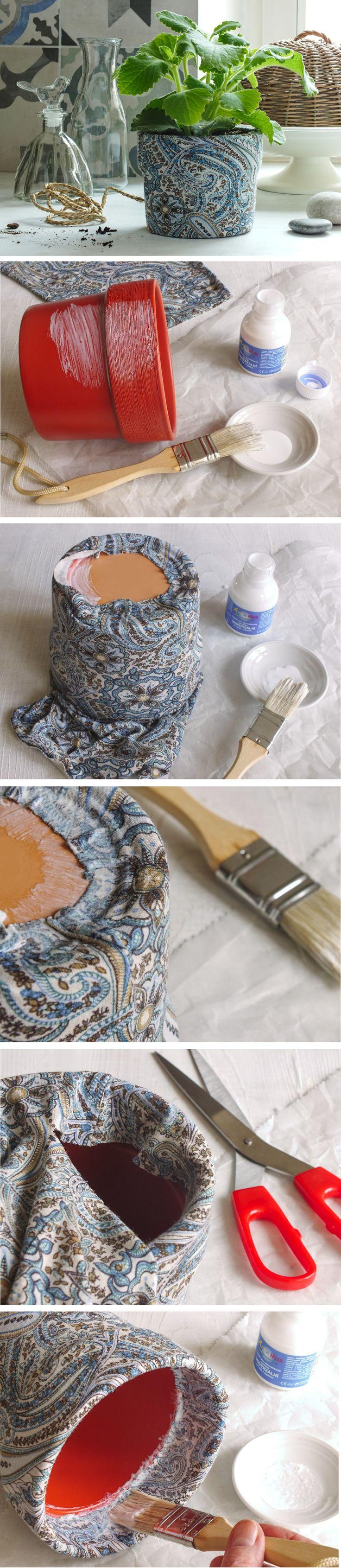 Vyrobte si květináč, který vám dokonale padne do interiéru. Stačí si vybrat látku a pustit se do potahování. Fotonávod krok za krokem pro vás máme na blogu.