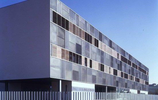 Instituto de Eras de Renueva en León por BmasC