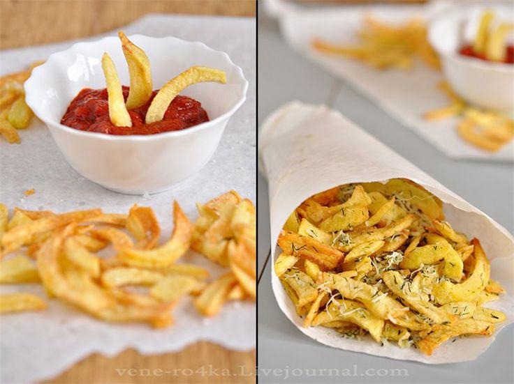 Картофель-фри с чесно-сырным вкусом.