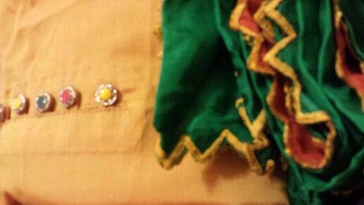 Silk suit in fancy left box