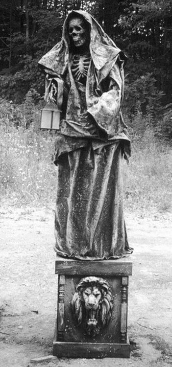 Skeleton Statue With Images Cemetery Art Cemetery