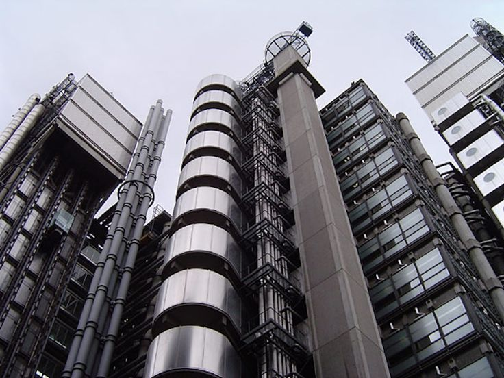 Lloyds of London | Attribution:  ChrisO, Wikimedia Commons, CC BY-SA 3.0 | #Tags: Architecture, Best Of British, Quintessentially British, Great Britain, United Kingdom