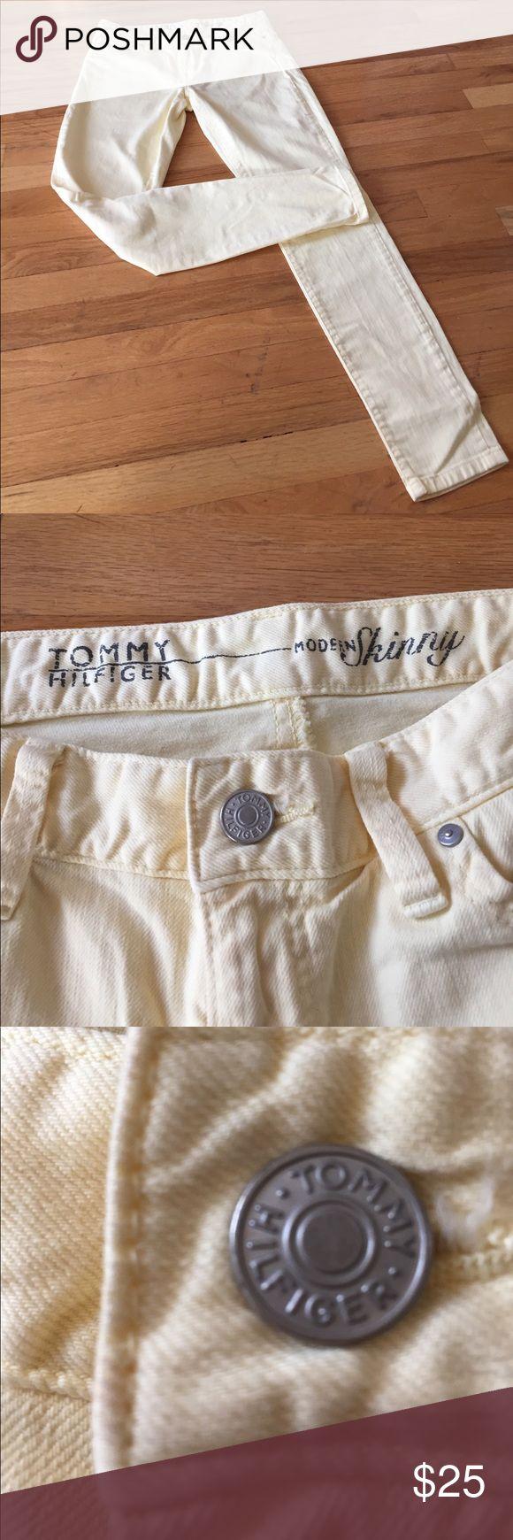 "Tommy Hilfiger modern skinny jean 30X30 8"" rise Pale yellow skinny jeans 30x30"" Tommy Hilfiger Jeans Skinny"