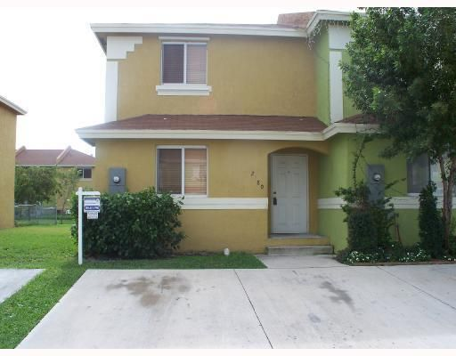 228NW 136 TE # 2280 , http://www.miamirealestatetrends.com/townhouse/for-sale/opa-locka/228nw-136-te-no-2280-miami-fl-a1615615.html