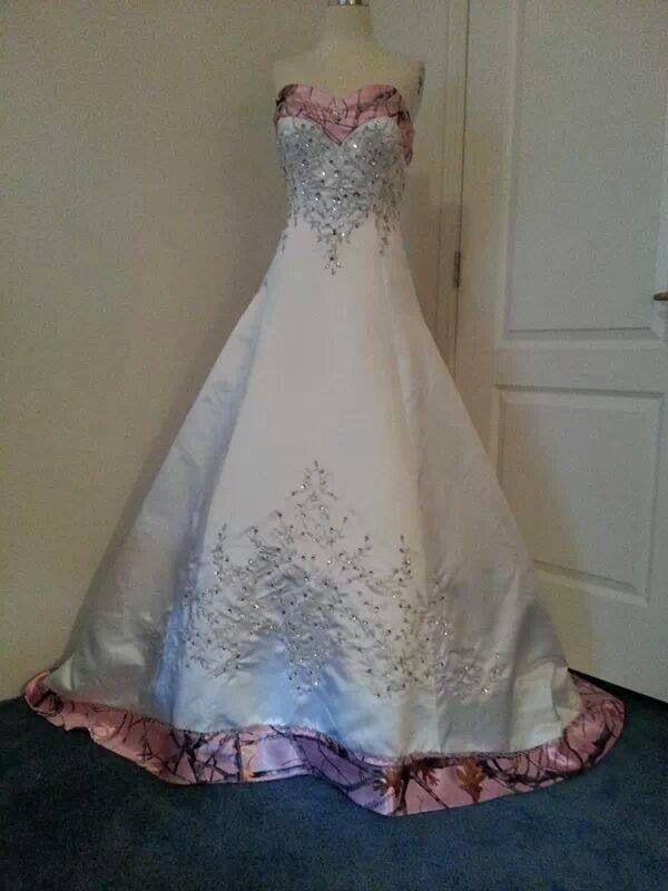 Camo wedding dress with little camo ❤️
