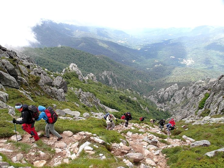Hiking the mythical Corsica GR 20 with Ici & Là Nature : Click here !