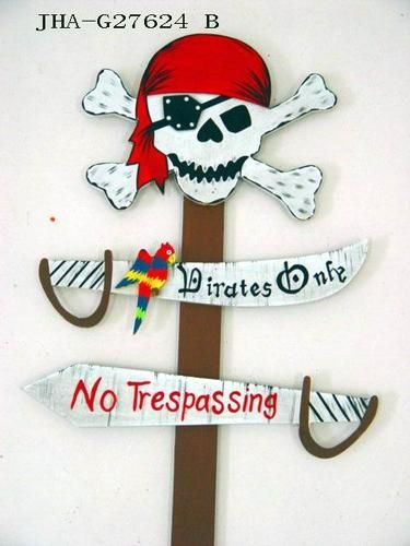 Pirate sign decoration to direct to Bathroom and kitchen