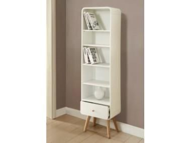 Een sierlijke boekenkast die straalt in je woonkamer of werkkamer. De Boekenkast Clary is ontworpen door het Engelse meubelmerk Jual Furnishings. Dit merk staat voor kwaliteit en traditioneel Engels design. De Boekenkast Clary is afgewerkt met echt houtfi...