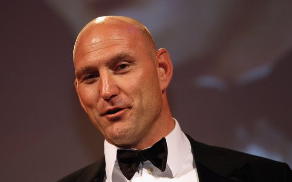 Lawrence Dallaglio Photos Photos - Lawrence Dallaglio received the LV Hall of Fame Award during the RPA Computacenter Rugby Players' Awards 2011 at The Grosvenor House Hotel on May 25, 2011 in London, England. - RPA Computacenter Rugby Players Awards 2011