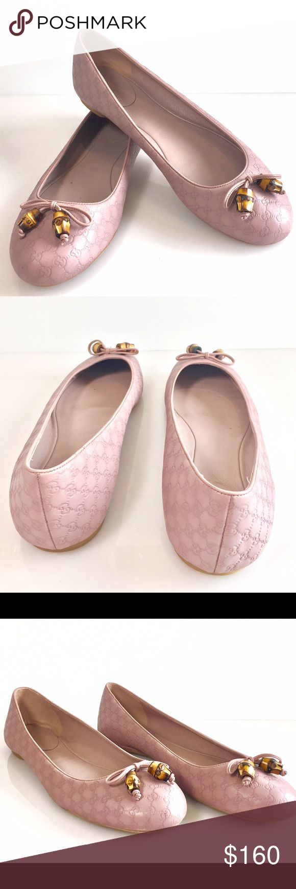 Pre-Owned Gucci Flats Pink Monogram Size 40 Stunning Gucci classic flats! Amazing conditions ! Gucci Shoes Flats & Loafers