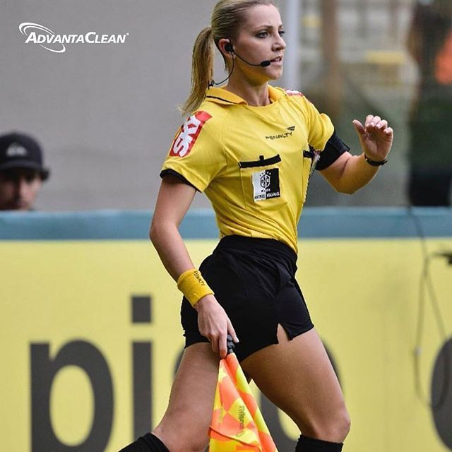 Among The Group Of Referees Of The World Cup Highlights The First Woman In History To Hold This Position She Is Fernanda Colomb Women In History Women Referee