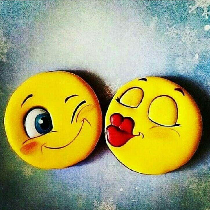 Pin By Neesha On Emojis Emoji Wallpaper Iphone Emoji Love Emoji Wallpaper
