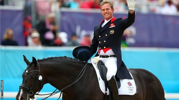 Carl Hester wins gold at the London Olympics