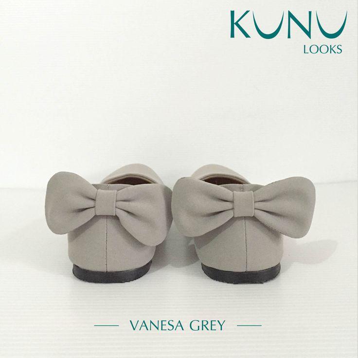 Vanesa Grey Flat with bow on back Kunu Looks
