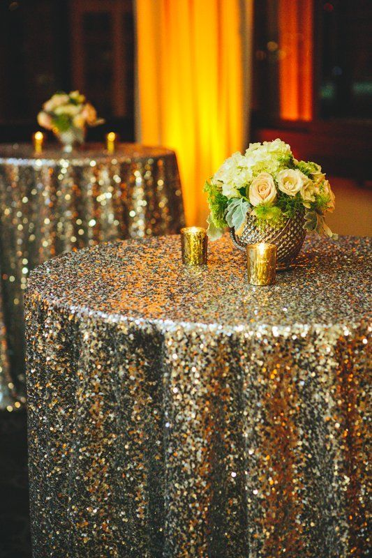 Love these glittery tablecloths for a glamorous wedding or sparkly New Year's Eve party.