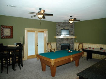 Pigeon Forge Tn Greenstone Lodge Is Located In Alpine