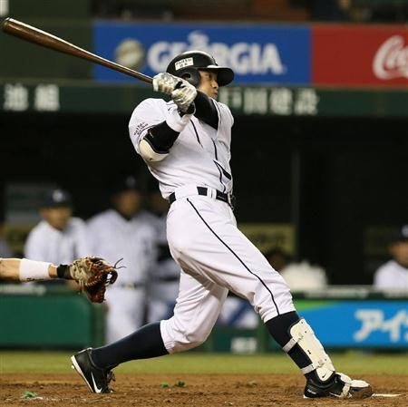 Takumi Kuriyama goes 3-for-5, collects 3 doubles and drives in 3 runs in Lions' 11-4 win over the Marines at Seibu Dome on July 25, 2013 in Tokorozawa, Saitama.
