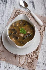 """Lubicie Strogonowa? Ja uwielbiam :) Nazwa tej potrawy pochodzi z połączenia słów boeuf (franc) """"wołowina"""" oraz nazwiskarosyjskiego dyp..."""
