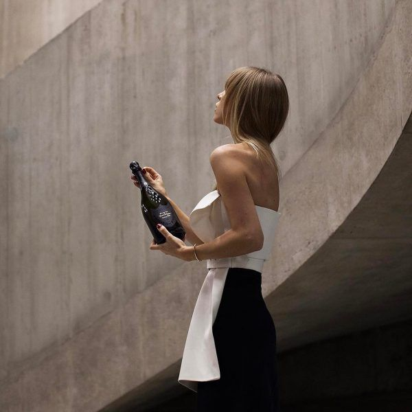 One-Hour Champagne Delivery Is Now A Thing, And We're Poppin' Bottles
