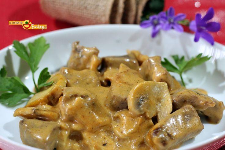 La ternera Strogonoff es una carne en salsa cremosa, jugosa y deliciosa. Una receta que te proponemos como plato principal para cualquier ocasión especial.