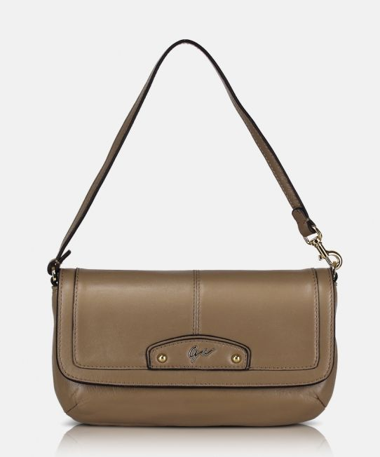 Giorgio Agnelli top handle pouch [GA 63011 Khaki] A light pretty functional pouch design #leatherpouch #genuineleather #pouch #bags