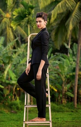 Deepika Padukone. Bollywood. Actresses.