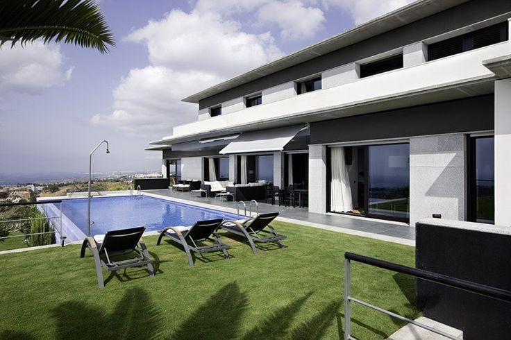 5 bed Villa for sale in Marbella brought to you by Marbella Choice