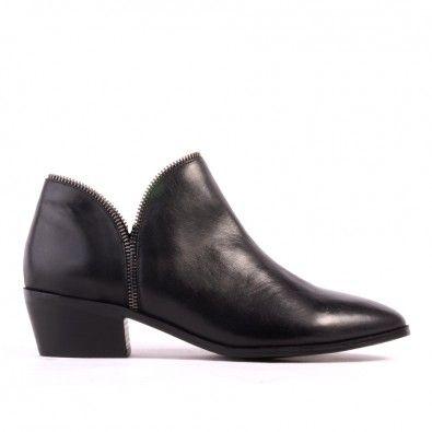 Patti - Black Leather