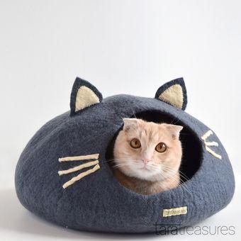 Felt Grey Cat Head Cat Cave / taratreasures