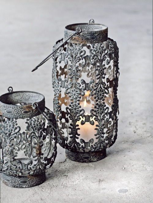 Gray lanterns ~